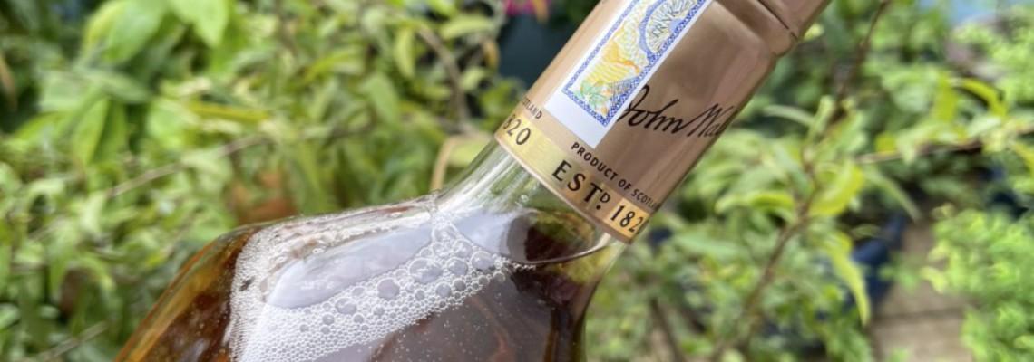 Cách phân biệt rượu Johnnier Walker thật giả chính xác nhất